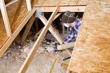 6 tips for installing fiberglass insulation in your walls for Fiberglass batt insulation r value
