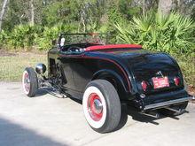 Garage - '32 Roadster