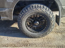 285/70/17 ko2's on 17x8.0 et10 DAI alloy wheel ! No lift, no rub, great ride ! :)