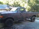 Garage - Dads F250