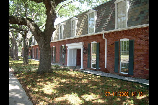 Reviews Prices For Lake Terrace Gardens Apartments New Orleans La