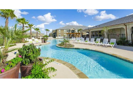 Avenues at creekside in new braunfels tx ratings reviews for Creekside new braunfels