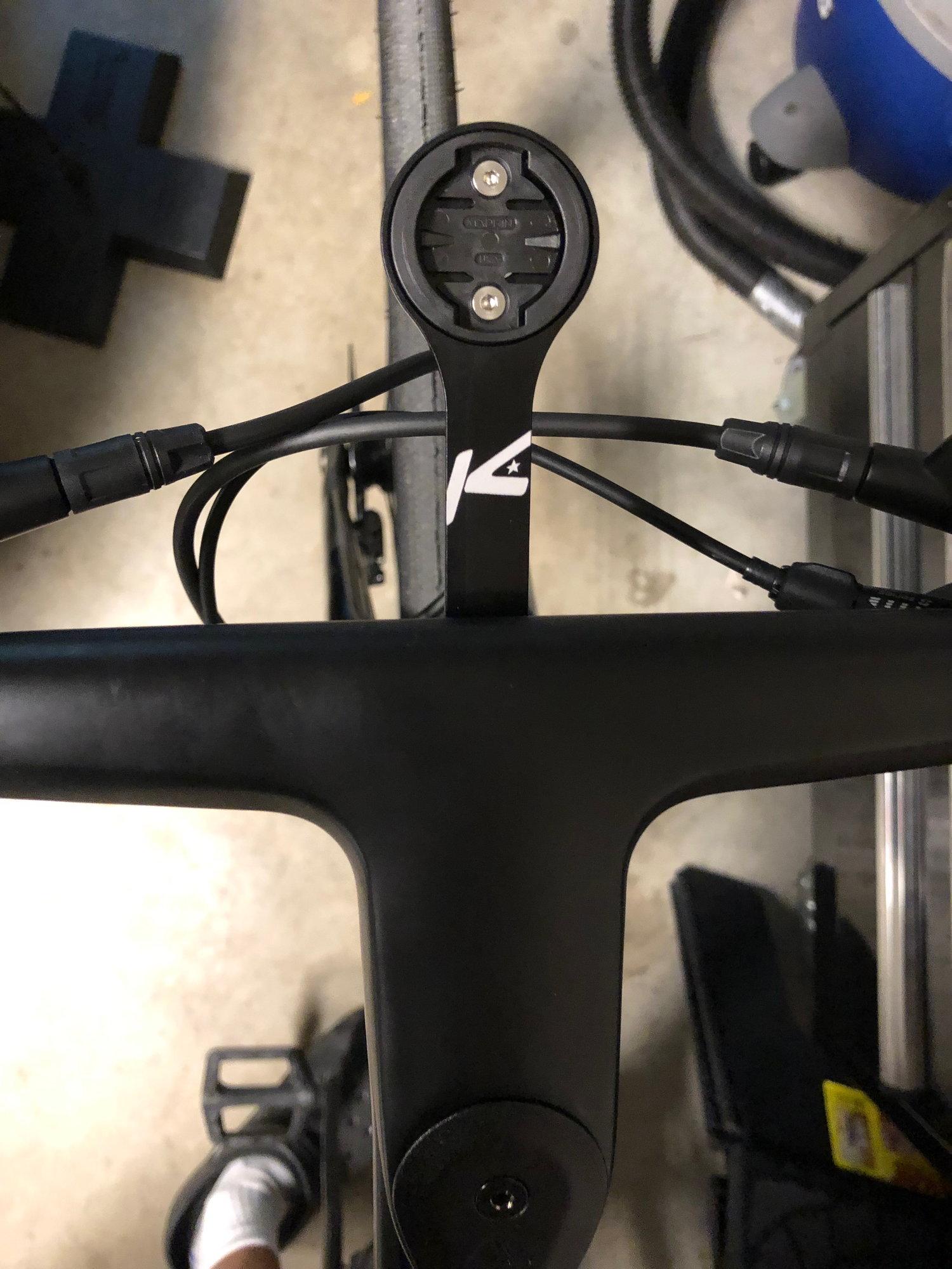 Well here goes     a couple of new Canyon Roadlites - Bike