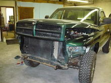 Befor the new bumper and grille