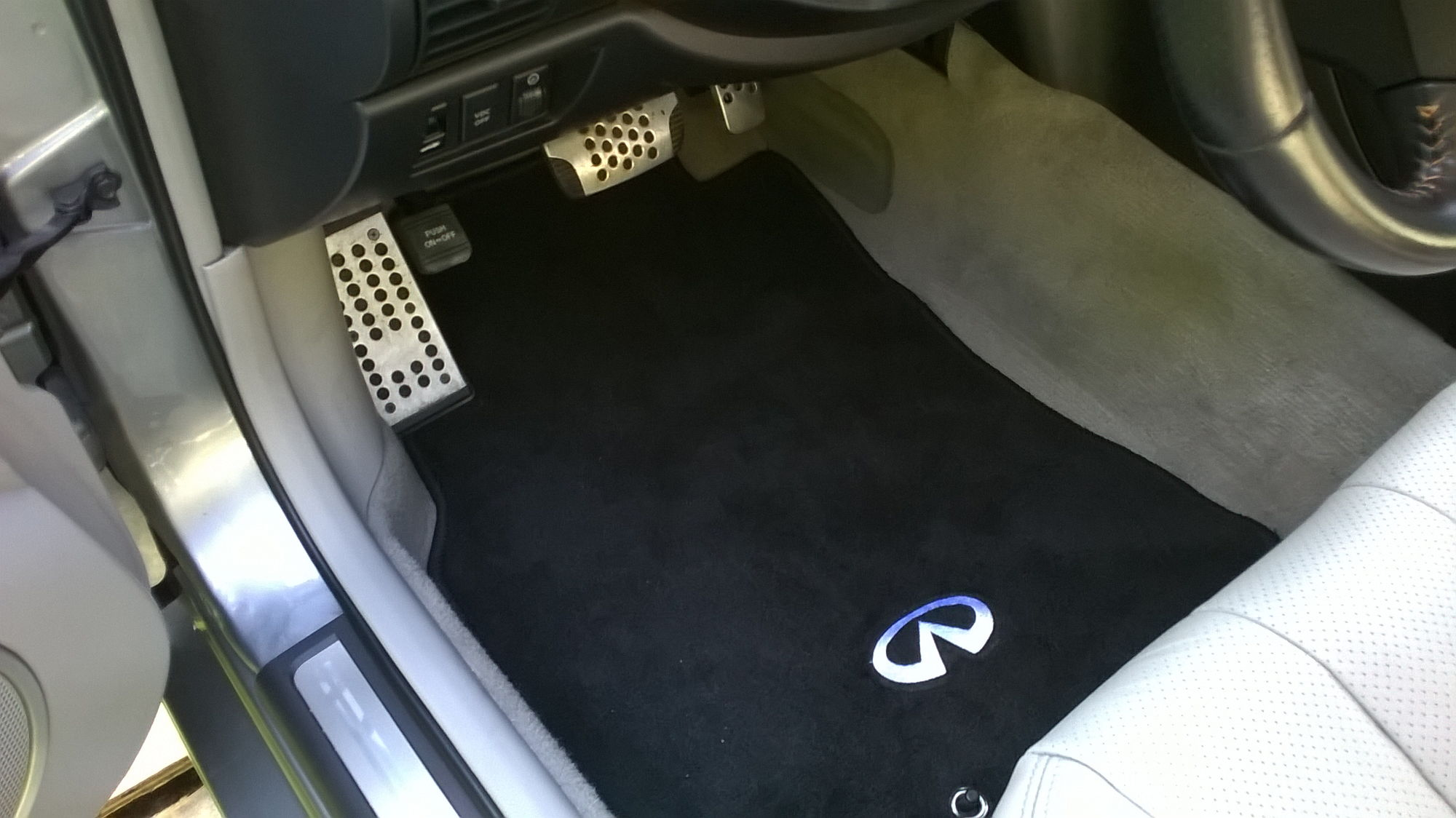 need oem floor mats for 2005 g35 coupe - g35driver - infiniti g35