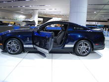 2010 Ford Mustang Shelby GT500 in Kona Blue Metallic