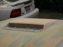 more pics of the Xenon hood scoop
