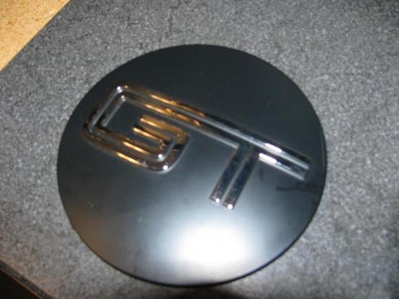 2011 rear emblem7
