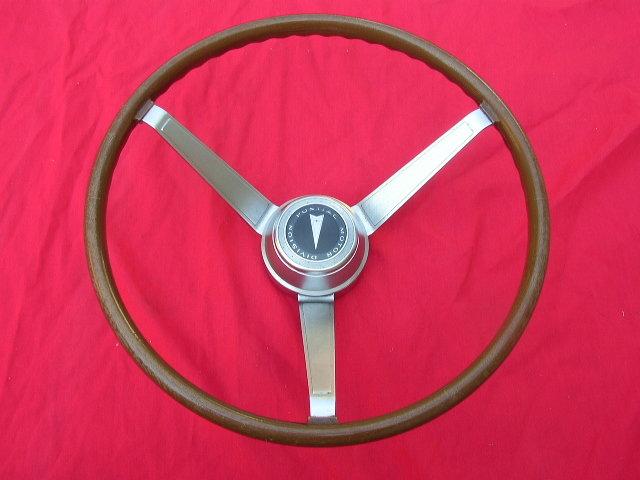 1968 Pontiac,  GTO Woodgrain Sport Steering Wheel