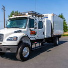 Freightliner 4x4 Crew Cab w/automatic and insulated box