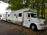 04 32' United toter  for sale $130,000