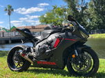 2017 HONDA CBR 1000RR  for sale $6,990