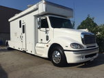 """2005 Freightliner Optima """"X"""" 17' Toterhome  for sale $117,000"""