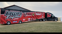 2011 KW T700 Sleeper Truck and 1999 53' Featherlite liftgate