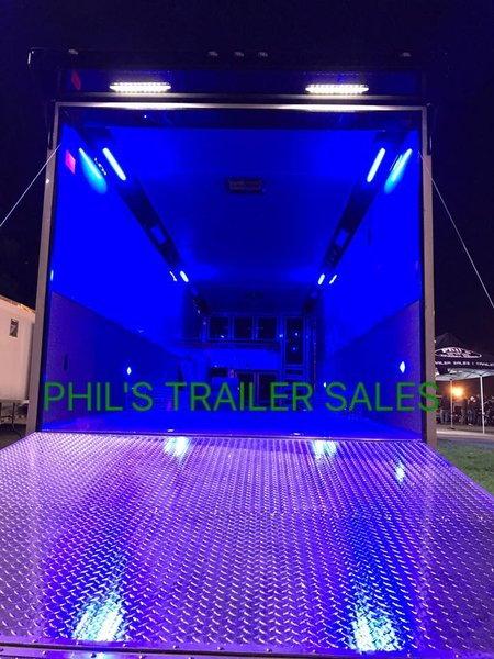 32 RACE TRAILER LOADED CONTINENTAL CARGO RACE TRAILER TRAILE  for Sale $22,500