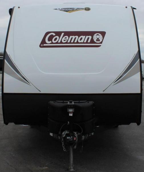 "Like New Trade: 2020 22' 9"" Coleman Light"
