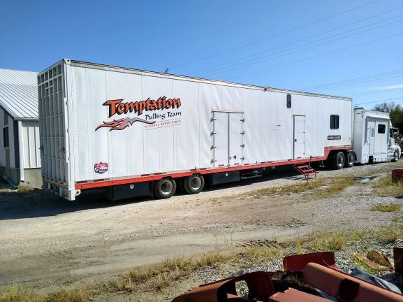 53' enclosed trailer  for Sale $37,000