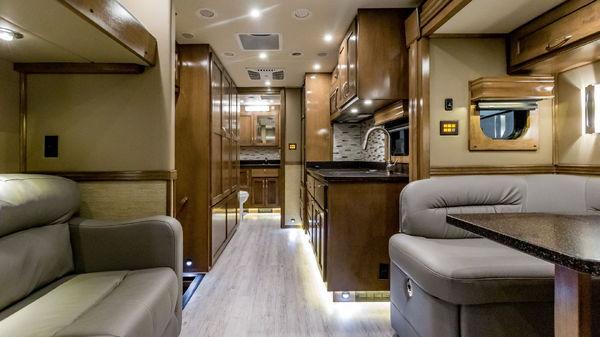 Used Cars For Sale Grand Rapids Mi >> Used 2018 ShowHauler Custom 20-FL Freightliner M2 for Sale ...