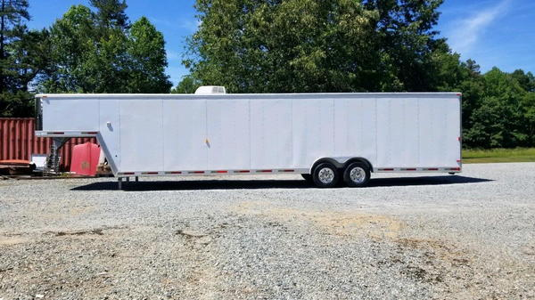 2002 USED PRE-OWNED EXISS 40' Gooseneck Enclosed Car H  for Sale $16,500