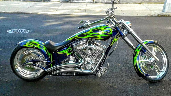 Venom ProStreet chopper. Custom Big Bear.