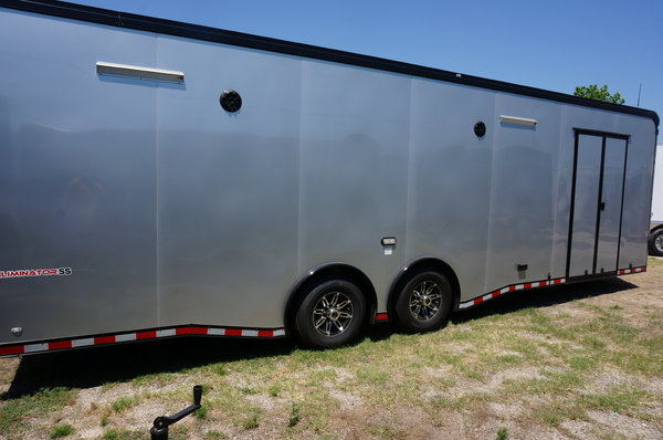 28 FT ENCLOSED RACE TRAILER  for Sale $24,500