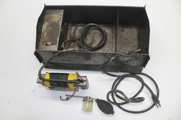 Geo Olcott Model CD-1 Magnaflux Crack Detector Kit Box Unit  for Sale $399.99