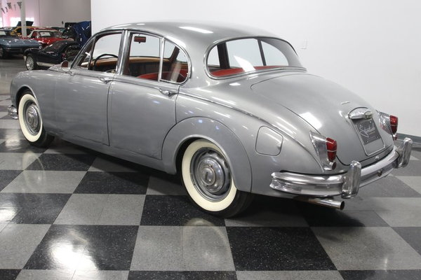 1960 Jaguar Mark II  for Sale $16,995