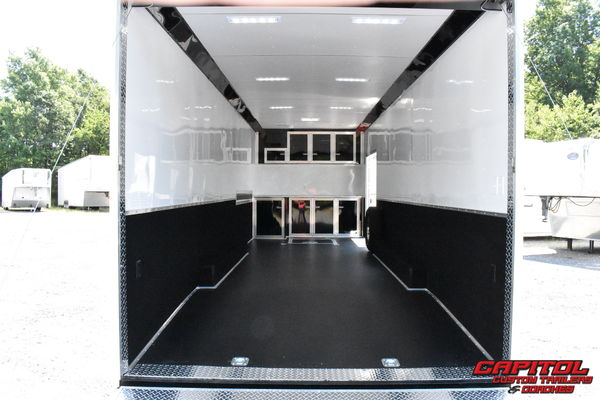 2020 UNITED SUPER HAULER 28' CAR HAULER