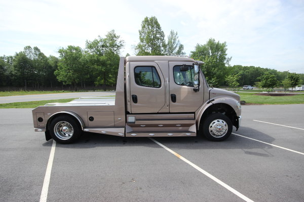 2015 Freightliner® SportChassis M2-106 Truck for sale in Mocksville, NC,  Price: $129,995