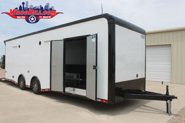 "28' Auto Master+18"" Black-Out LED Trailer Wacobi"