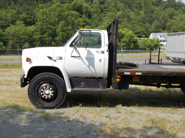 1982 Chevy 2 ton flatbed truck
