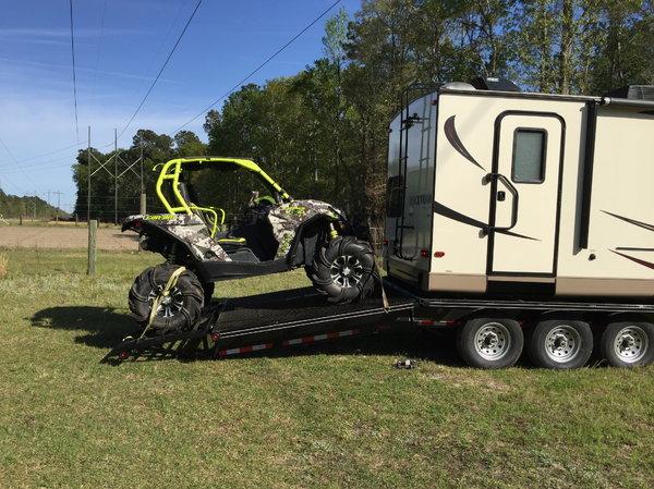 2016 Rockwood 2702ws Custom Toy Hauler  for Sale $40,500