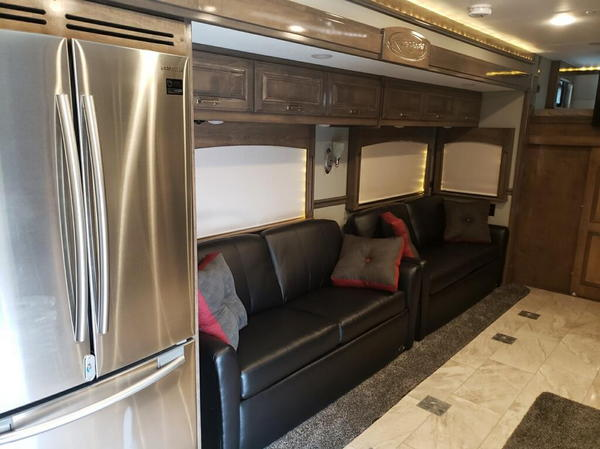 2019 Renegade Classic 45' Super C Motorcoach