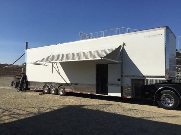 2004 42Ft Renegade Liftgate Stacker Trailer  for Sale $45,000