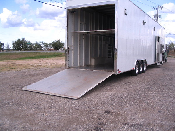 44' Stacker Triple Axle Air Ride  for Sale $28,500