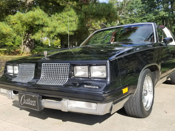 1983 Oldsmobile Cutlass Supreme  for Sale $7,500