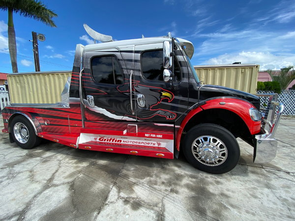 2007 Freightliner Sport Classic  for Sale $79,000