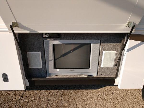 2006 42' Haulmark Motorhome Toterhome 2 Slides Excellent Con