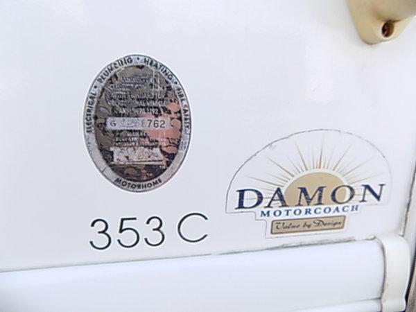 2007 DAMON CHALLENGER *2 SLIDES *44K MILES *2016 TIRES