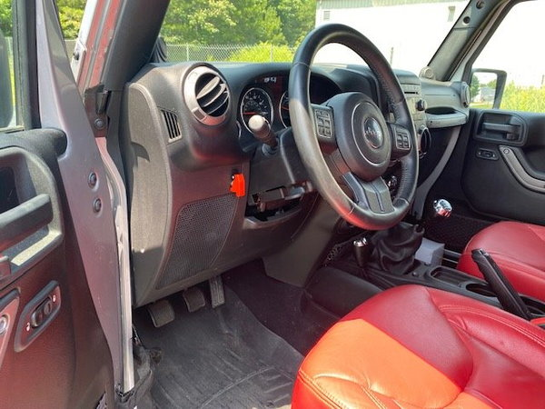 2013 Jeep Wrangler  for Sale $29,995