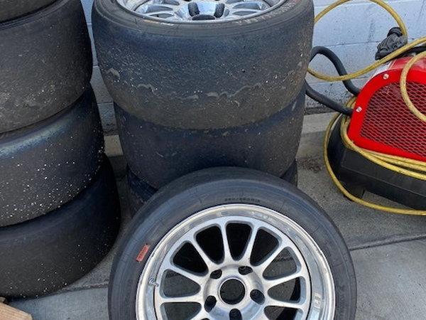 PORSCHE 987 GT4 RACECAR