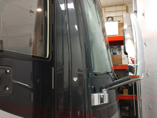 2009 Fleetwood Discovery  for Sale $105,000