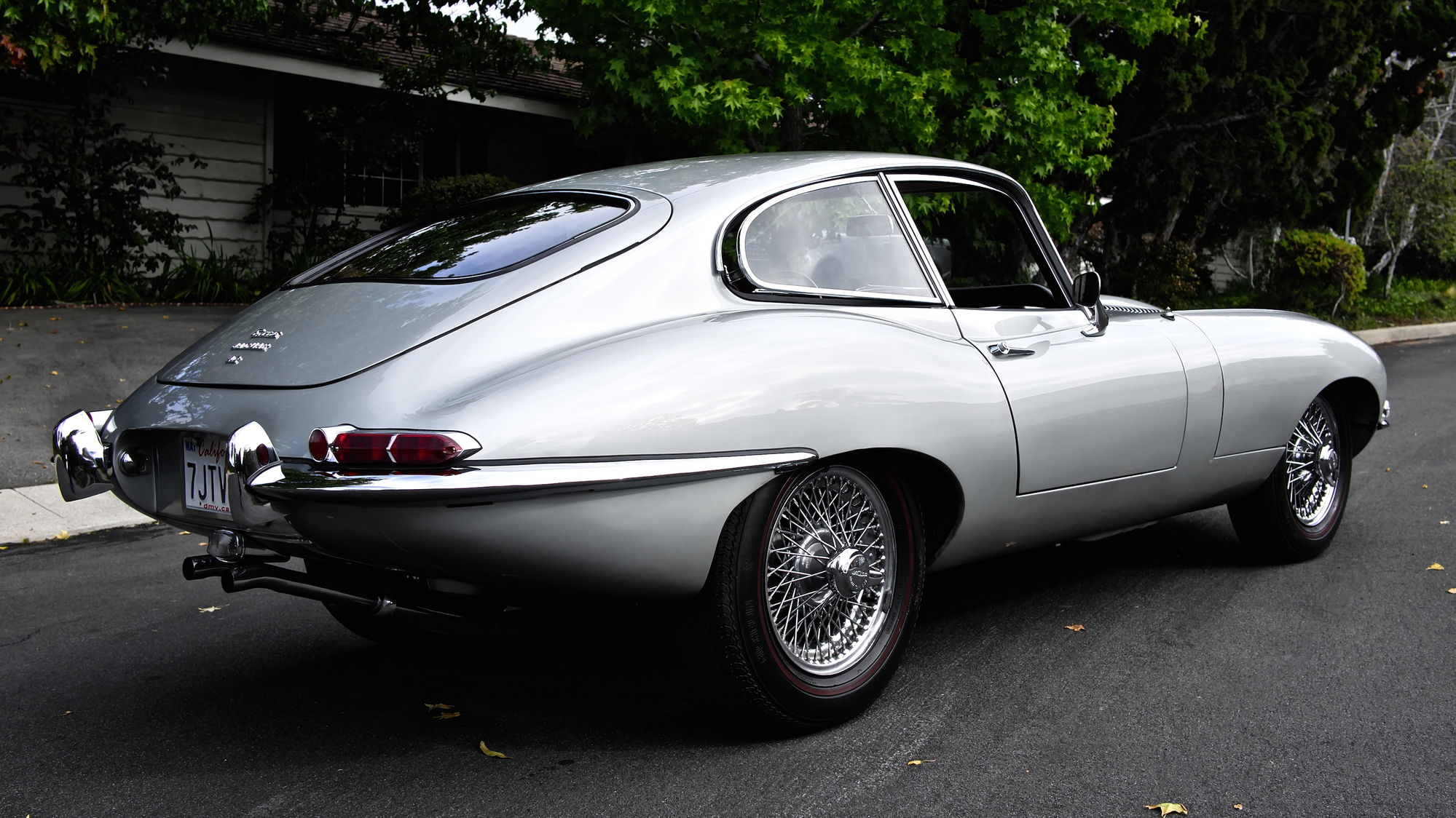 Xkeearlyseat in addition Jaguar Xke X furthermore Main L together with Mgaregueq Sgei moreover Finished Interior Top Down. on 1966 jaguar xke coupe