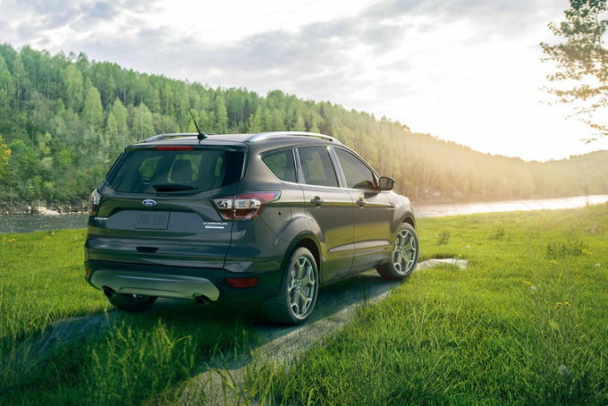 The 2019 Ford Escape May Be In Its Seventh Model Year But It Somehow Still Manages To Lead A Compeive Segment S Crossover With Excellent Road