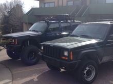 """Just installed my old 3"""" RC lift on her 98 xj"""