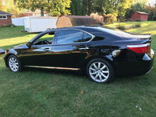 2007 LS460L w/Executive Package