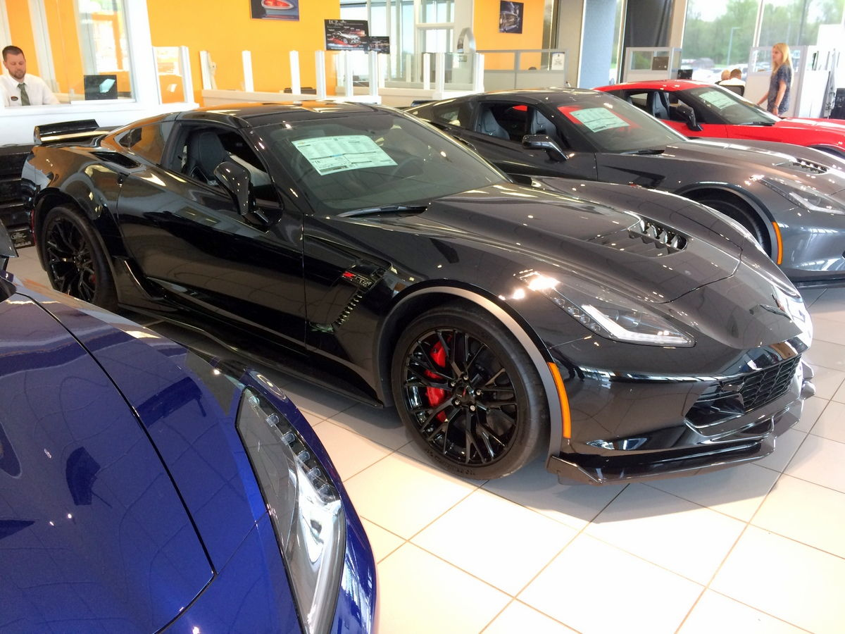 2017 corvette z06 coupe vin 1g1yr2d63h5604300 jet black perforated mulan leather seating surfaces battery protection package carbon flash painted ground