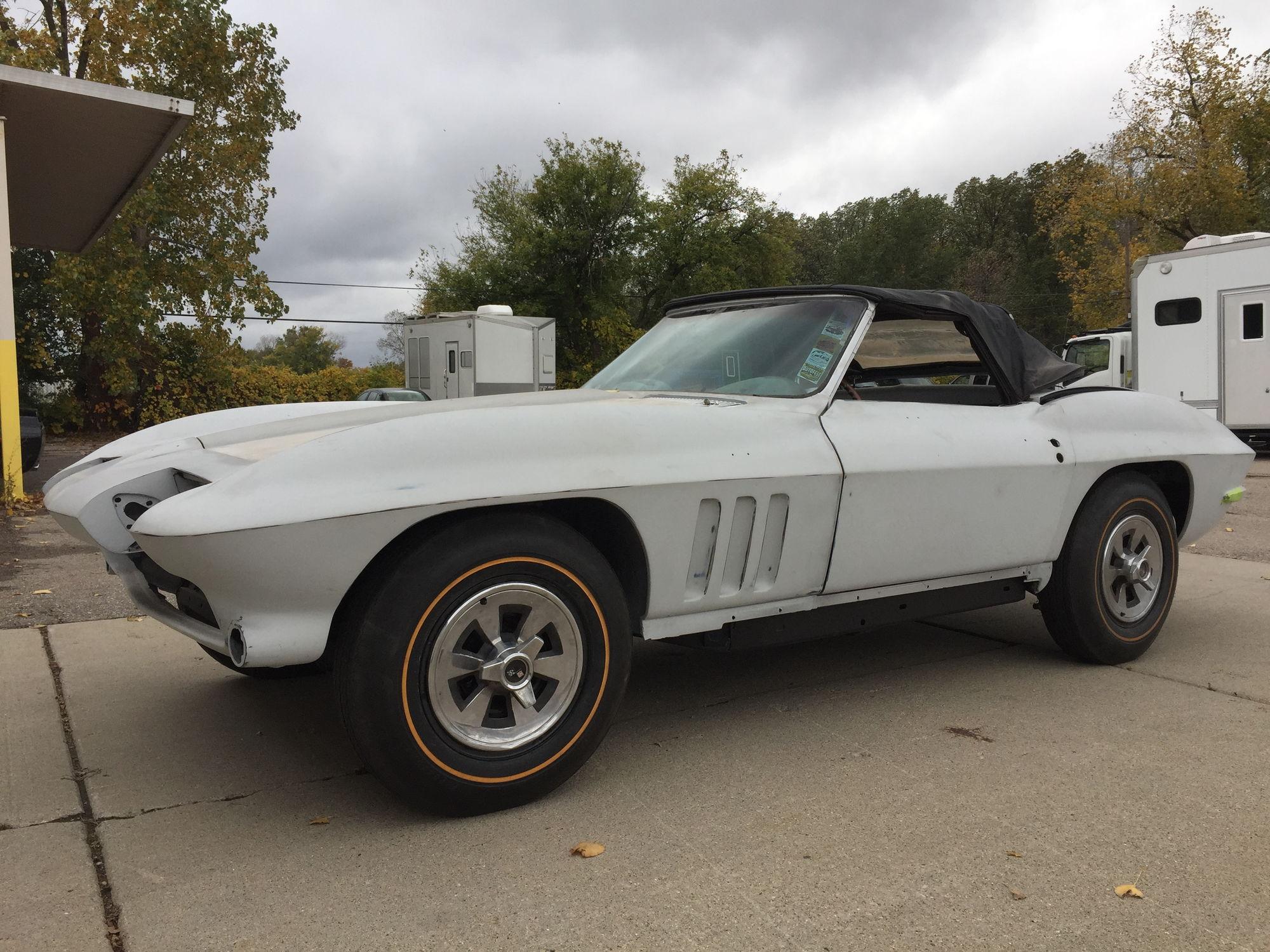 fs for sale 1965 corvette convertible 4 speed partially restored in michigan corvetteforum. Black Bedroom Furniture Sets. Home Design Ideas