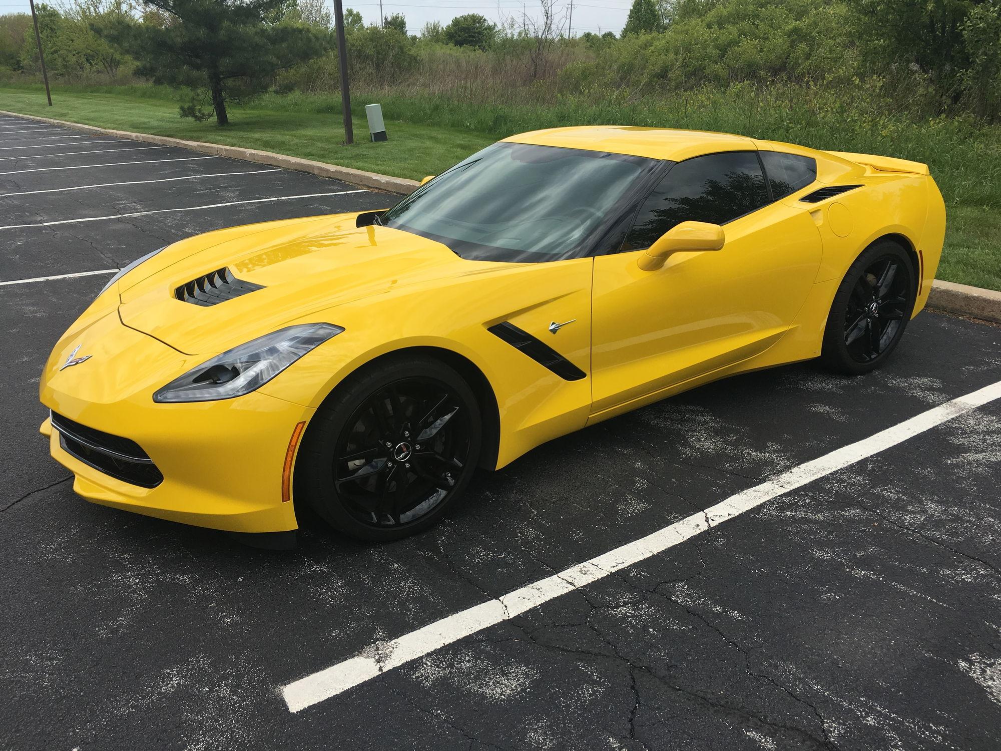 fs  for sale  2014 3lt 11k miles yellow mint