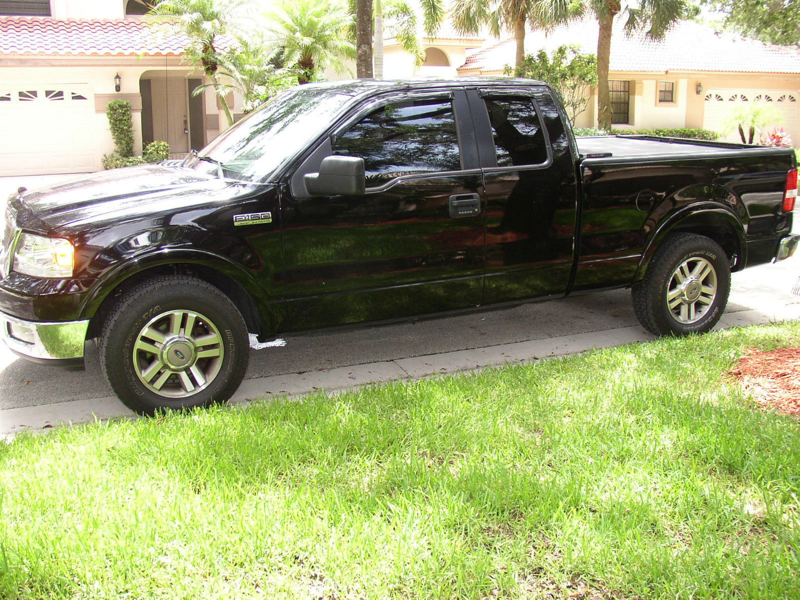 Offering my original two owner 2005 ford f150 lariat extended cab 6 5 bed ford bed liner and roll and lock steel toneau cover 5 4 motor always serviced